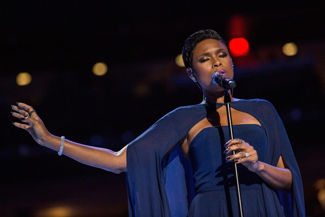 Jennifer Hudson, Gloria Estefan Perform for Pope Francis