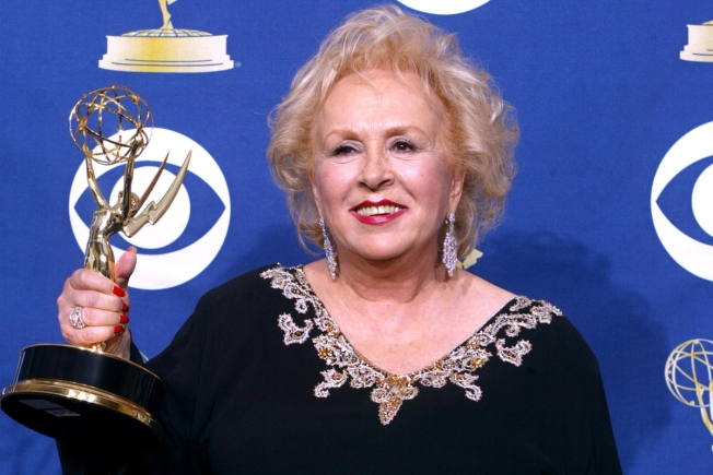 'Everybody Loves Raymond' Actress Doris Roberts Dies