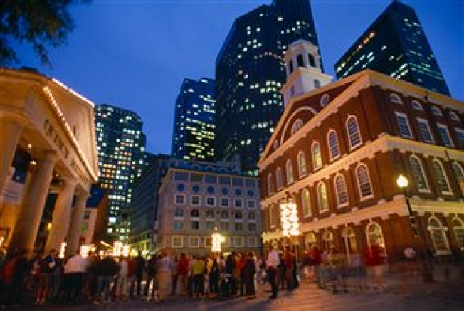 Faneuil Hall Hosting Tuba Concert Thanksgiving Weekend