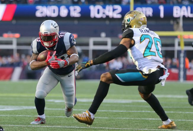 Source: Dion Lewis Agrees to 4-Year Deal With Titans