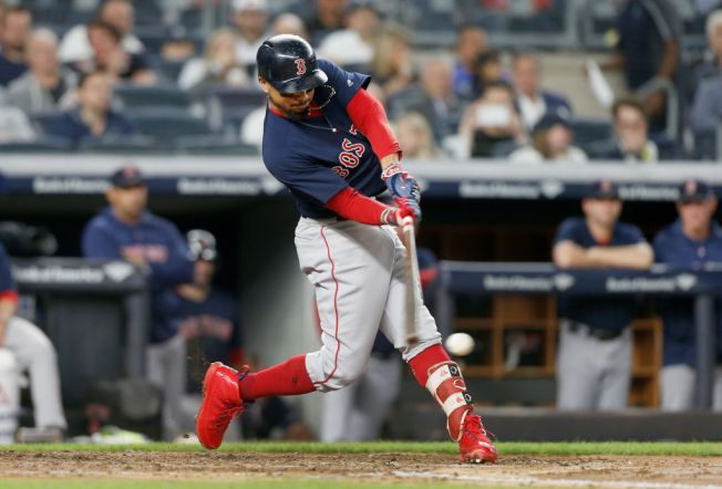 Red Sox Come Back to Beat Yankees, Clinch 1st Place in AL East