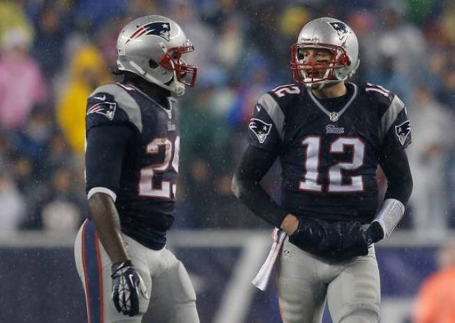 Patriots to Host Colts in AFC Divisional Round