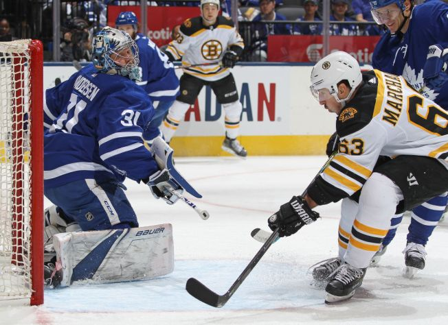 Bruins Beat Maple Leafs to Tie Series