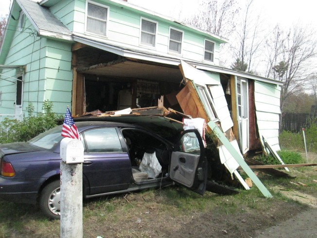 Police: Intoxicated Driver Crashes Into House