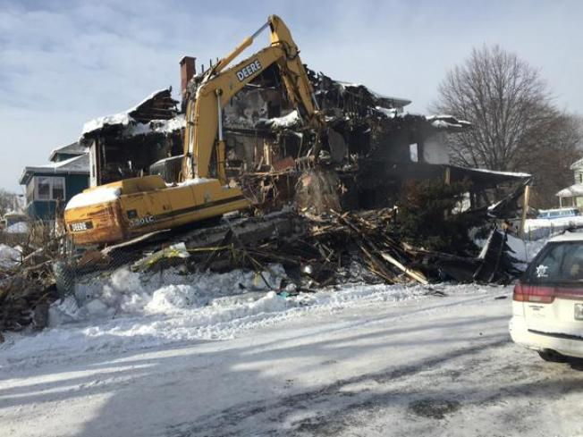 Apartment Building Where 6 Died in Fire Demolished
