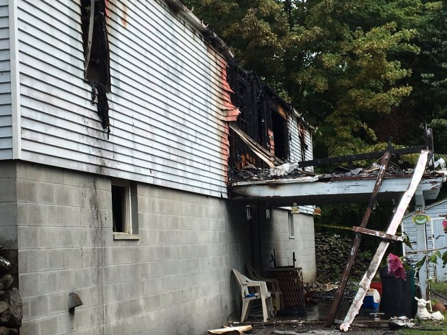 Officials ID 2 Killed in Brattleboro, Vermont Mobile Home Fire