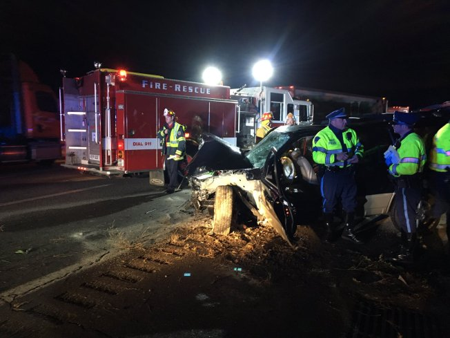 1 Killed, 5 Injured in Westborough Crash