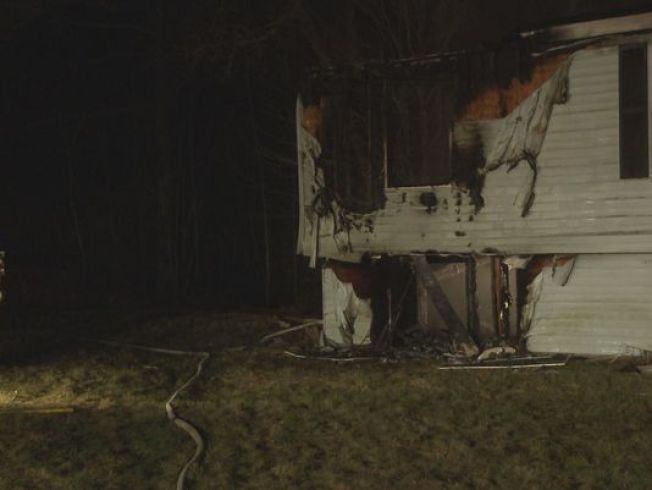 1 Dead in New Gloucester, Maine, House Fire