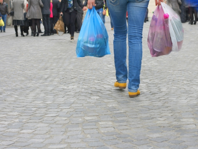 Portsmouth City Officials to Discuss Single-Use Plastic Shopping Bag Ban