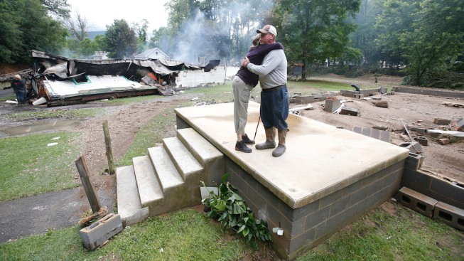 [NATL]Dramatic Images: West Virginia's Deadly Deluge