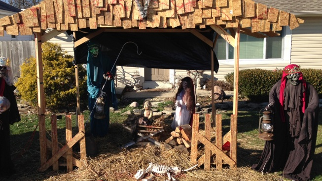 End of Days Comes for Ohio 'Zombie Nativity' Scene