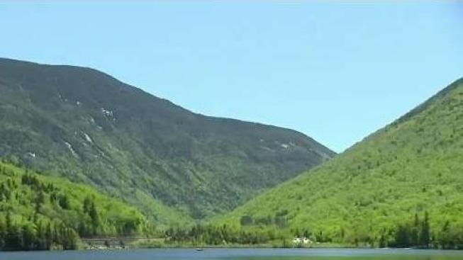 NH Man Suffers Heat Related Injuries While Hiking in White Mountains