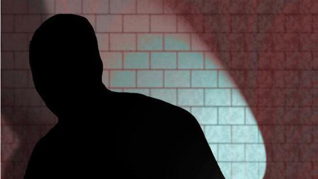 Robber Offered Clerk Half the Cash: Cops