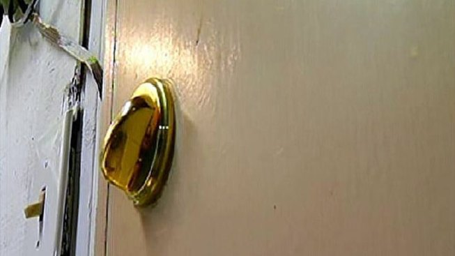 Police Investigating 7 Overnight Burglaries