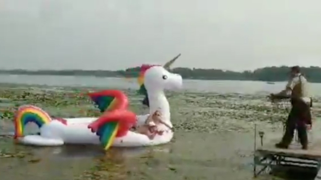 Minnesota Deputies Reel in Women Stranded on Waterborne Unicorn