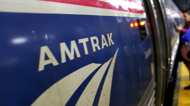 1 Dead, 1 Injured After Being Hit by Amtrak Train in Vermont