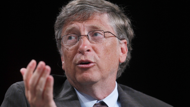 Bill Gates Thinks Apple Should Help FBI Unlock iPhone