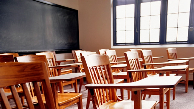 RI Senate Commission Studying Statewide Teacher Contract