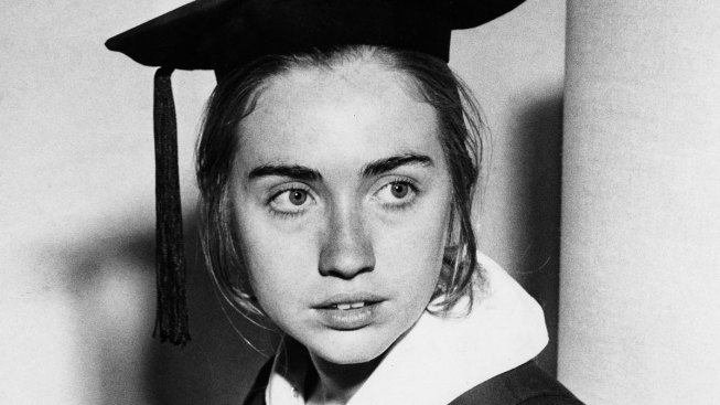 Hillary Clinton to Speak at Wellesley College's 2017 Commencement