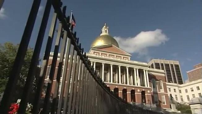 Tax Revenues Slump in Massachusetts Despite Strong Economy