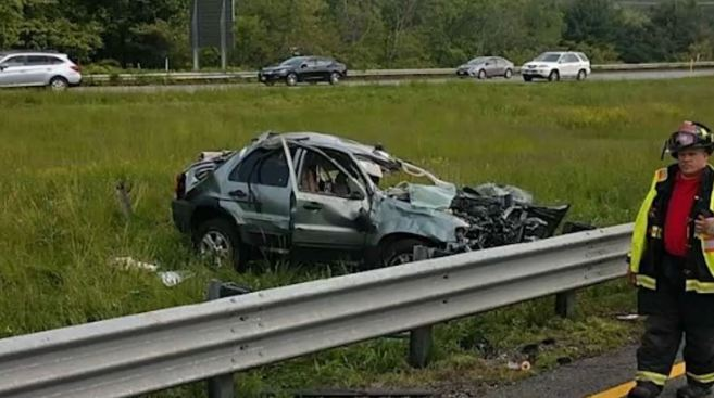 1 Injured in Single-Vehicle Crash on I-495 in Amesbury - NECN
