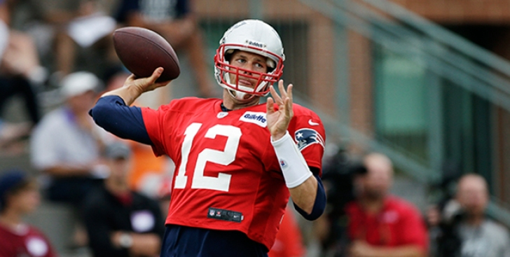 Tom Brady Back at Practice After Day Off